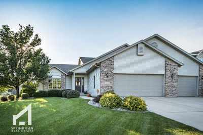 Waunakee Single Family Home For Sale: 1106 Turnberry Ct