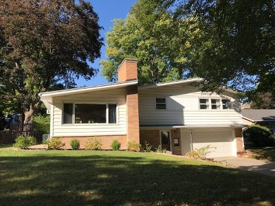 Dane County Single Family Home For Sale: 4414 Somerset Ln