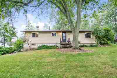 Cottage Grove Single Family Home For Sale: 2005 Nora Rd