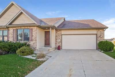 Sun Prairie Single Family Home For Sale: 621 Hawthorn Dr