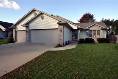 Sun Prairie Single Family Home For Sale: 348 Huntsville Ridge