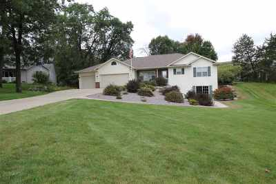 Columbia County Single Family Home For Sale: W10961 Arbor Valley Rd
