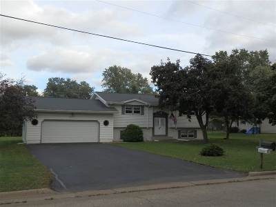 Janesville WI Single Family Home For Sale: $199,500