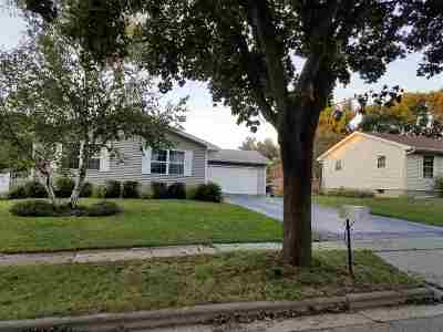 Dane County Single Family Home For Sale: 5014 Violet Ln
