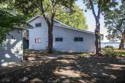 Madison Single Family Home For Sale: 2872 Lakeside St