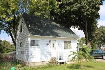 Milton Single Family Home For Sale: 323 S John Paul Rd