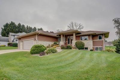 Jefferson County Single Family Home For Sale: 235 Pinnacle Dr