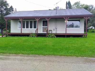 Green County Single Family Home For Sale: N2383 Franklin St