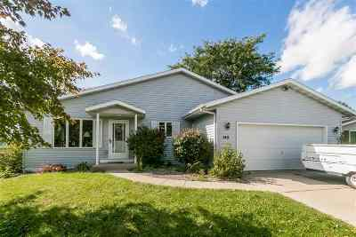 Evansville Single Family Home For Sale: 145 Countryside Dr