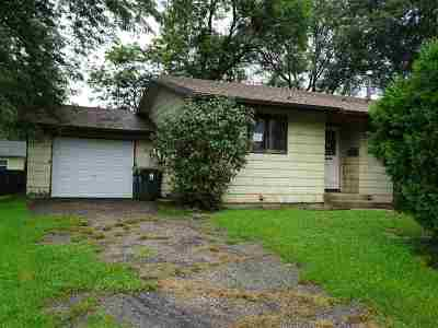 Sun Prairie Single Family Home For Sale: 914 Pine St