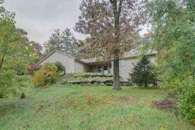 Pardeeville Single Family Home For Sale: W7376 Hickory Ln