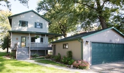 Dodge County Single Family Home For Sale: W11042 Howard Dr