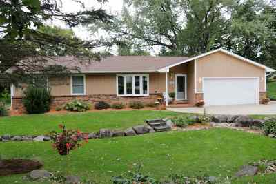 Verona WI Single Family Home For Sale: $300,000
