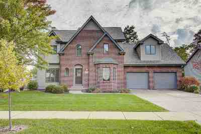 Middleton Single Family Home For Sale: 705 Greystone Ln