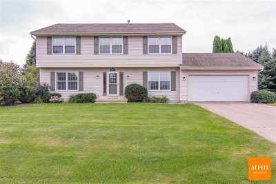 Sun Prairie Single Family Home For Sale: 2737 Olin Way