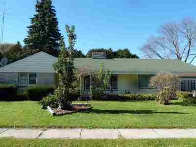 Waterloo Single Family Home For Sale: 435 Jefferson St
