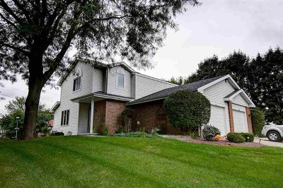 Waunakee Single Family Home For Sale: 711 Kingston Way