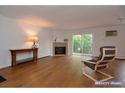 Middleton Condo/Townhouse For Sale: 7016 Fortune Dr #B