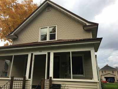 Richland Center Single Family Home For Sale: 936 N Church St
