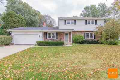 Sun Prairie Single Family Home For Sale: 613 Woodview Dr