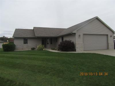 Janesville Single Family Home For Sale: 3275 Widgeon Dr