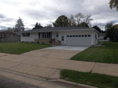 Sun Prairie WI Single Family Home For Sale: $249,900