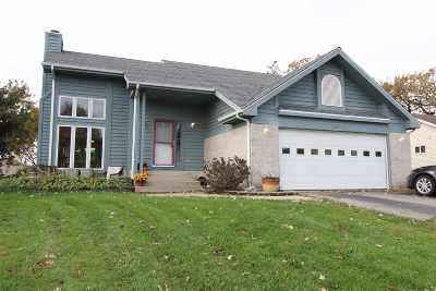 Walworth County Single Family Home For Sale: 349 Oak Ridge Dr