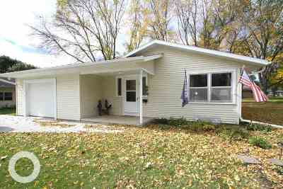 Sauk City WI Single Family Home For Sale: $194,900