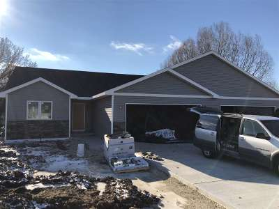Evansville Single Family Home For Sale: 529 W Main St