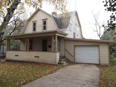 Iowa County Single Family Home For Sale: 704 N Main St