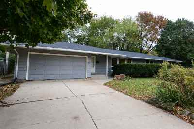 Madison WI Single Family Home For Sale: $241,900