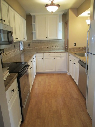 Madison WI Condo/Townhouse For Sale: $197,900