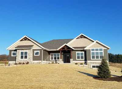 Verona Single Family Home For Sale: 7504 Loveland Pass