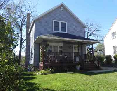 Merrimac WI Single Family Home For Sale: $179,900