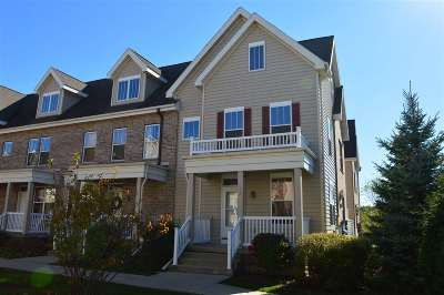 Fitchburg Condo/Townhouse For Sale: 50 S Gardens Way