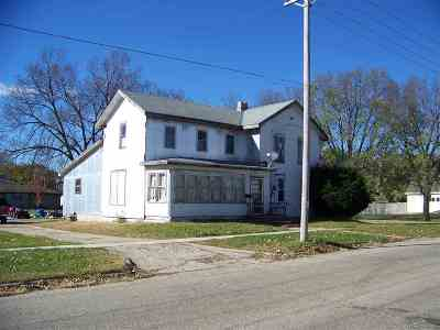 Green County Single Family Home For Sale: 1301 W 3rd Ave