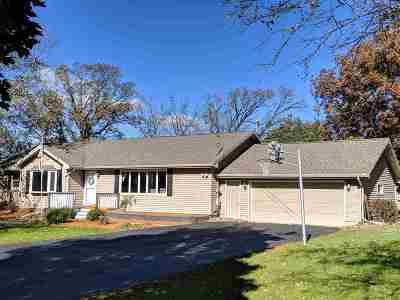 Janesville Single Family Home For Sale: 4427 E Bingham Rd