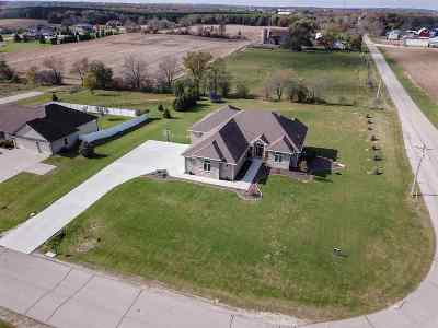 Rock County Single Family Home For Sale: 4925 N Zinfandel Dr