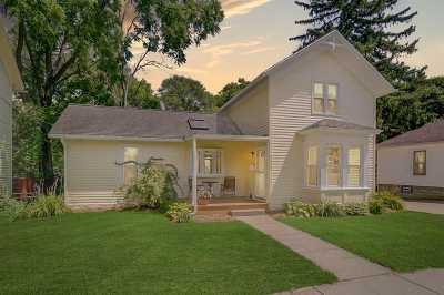 Edgerton Single Family Home For Sale: 113 Broadway St