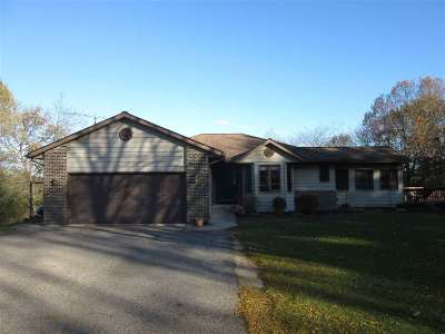 Wisconsin Dells Single Family Home For Sale: 998 N Grouse Ln