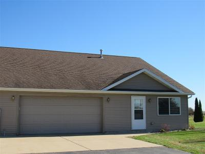 Green County Single Family Home For Sale: N2336 Bethel Rd