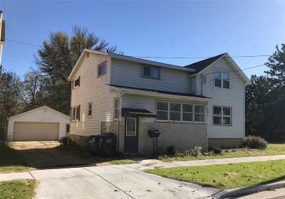 Columbus Single Family Home For Sale: 247 S Water St