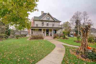 Mount Horeb Single Family Home For Sale: 120 N Grove St