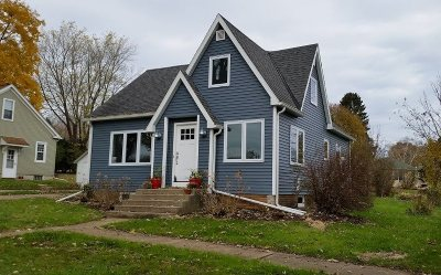 Green County Single Family Home For Sale: 212 11th Ave
