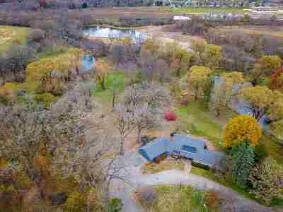 Walworth County Single Family Home For Sale: W5050 Schmidt Rd