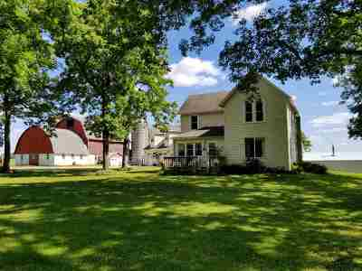 Columbia County Single Family Home For Sale: W14715 Broadway Rd