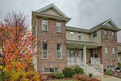 Fitchburg Condo/Townhouse For Sale: 5212 Sassafras Dr