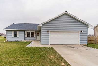 Sauk County Single Family Home For Sale: 745 Crestview Dr