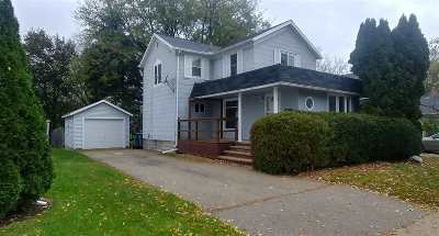 Dodge County Single Family Home For Sale: 1100 N Center St