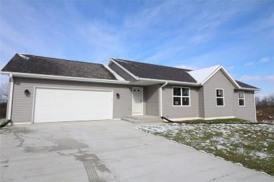 Beloit Single Family Home For Sale: 2261 Trevino Ct